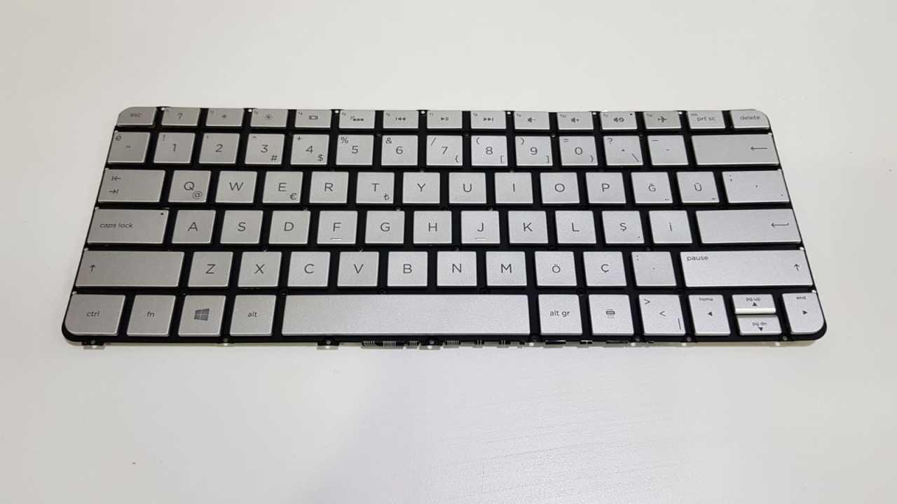 HP Spectre 13-4100nt Klavye